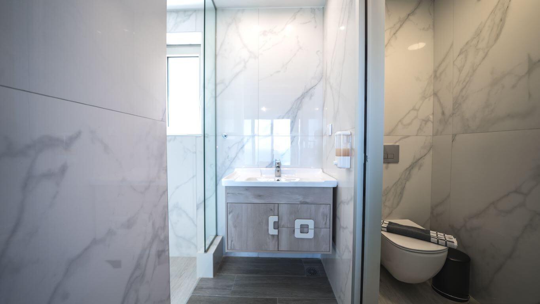 Villa Alkinoos Bathroom 1- Villa Alkinoos Μπάνιο 1