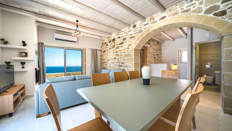 Villa Ariti dining table - τραπεζαρία