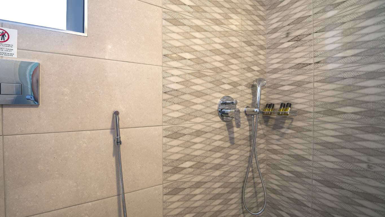 Villa Ariti bathroom 1 - Villa Ariti Μπάνιο 1